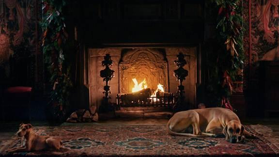 Outlander Gives Us A Super Hot Yule Log Welcome To The Legion Welcome To The Legion